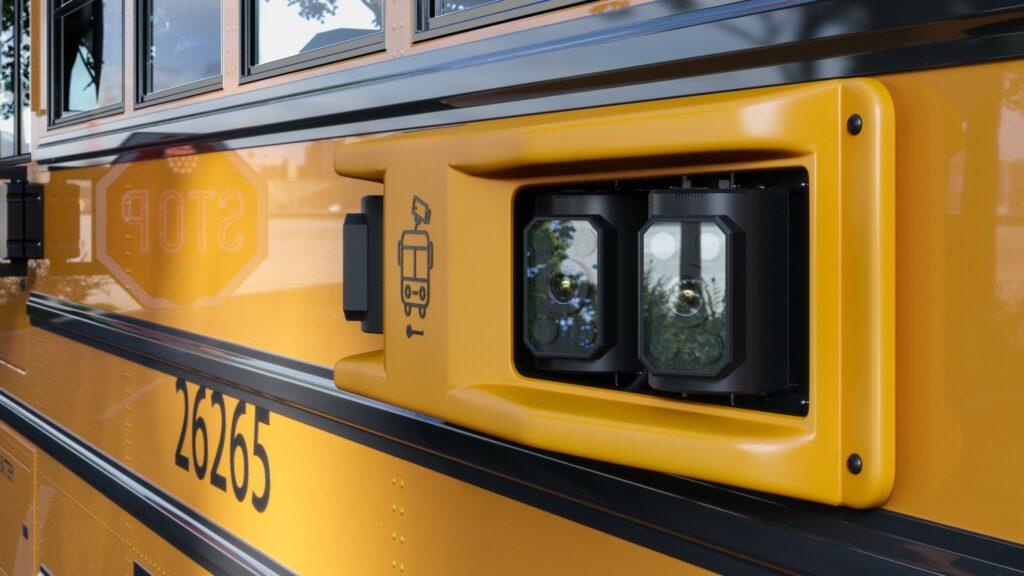 Caméras pour autobus scolaires: Comment savoir si la caméra de bras d'arrêt est en train de filmer